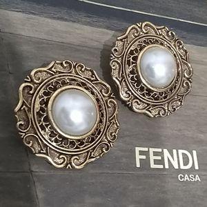 Vintage Earrings Faux Pearl Clip ons